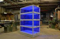 Terrariumreck incl. blauer Beleuchtung.